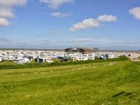 Camperplaatsen aan de kust zitten vol